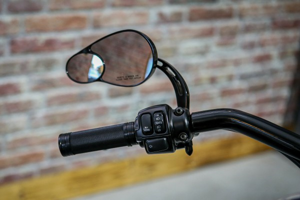 Billet Custom Griffe Lenker Harley Davidson Dyna Softail Touring Aluminium Griff