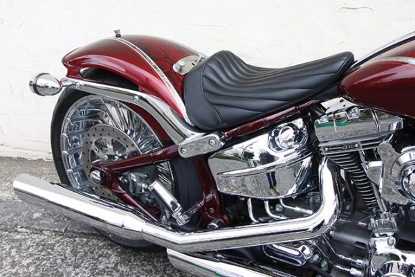 Single Seat, Vertical, Synthetic Leather, Urethane Foam, Black