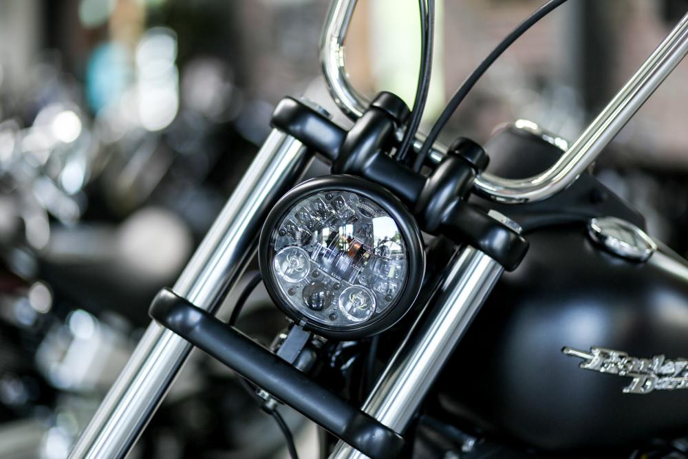 black 12V Custom Universal Kohlefaser LED Scheinwerfer Verkleidung Skelett Sch/ädel Scheinwerfer Lampe Motorrad F/ür Suzuki Kawasaki Touring