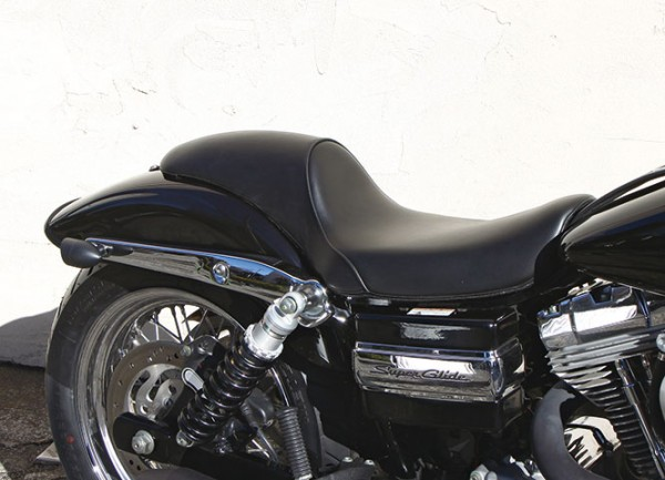 Seat, Smooth Gunfighter, Synthetic Leather, Urethane Foam, Black